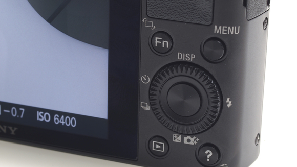 Panasoni   c LX7 vs Sony RX100